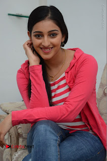 Telugu Actress Mouryani Latest Pos in Blue Denim Jeans  0151.JPG