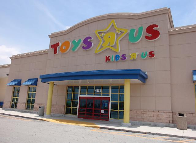 """Loja de brinquedos Toys """"R"""" Us em Miami e Orlando"""
