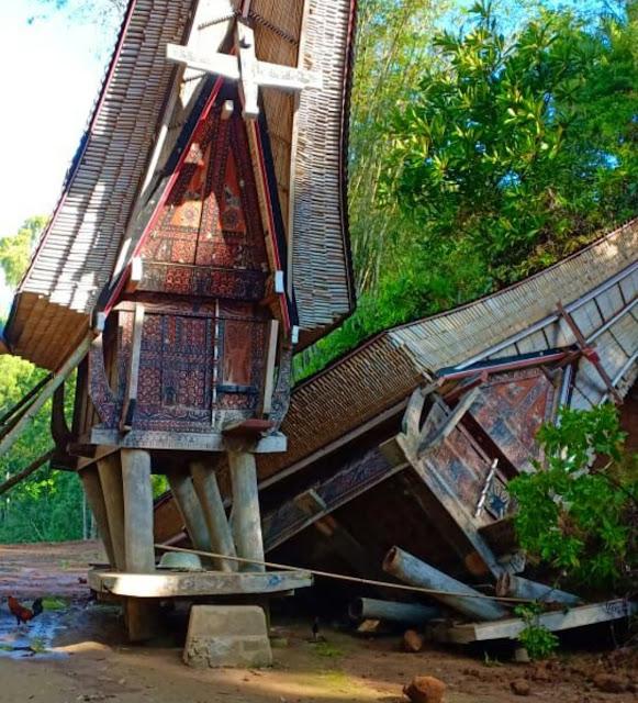 Longsor Robohkan Dua Lumbung dan Satu Unit Rumah di Sopai Toraja Utara