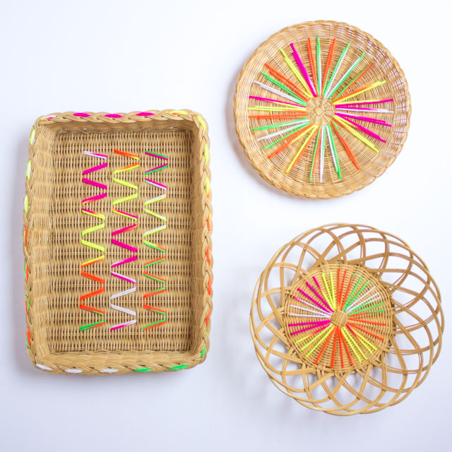 Such a fun DIY embroidery project! Update old baskets with colorful yarn!
