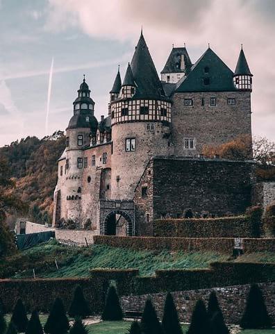 schloss Bürresheim Castillo Bürresheim Alemania itinerario de tu primer viaje a Europa