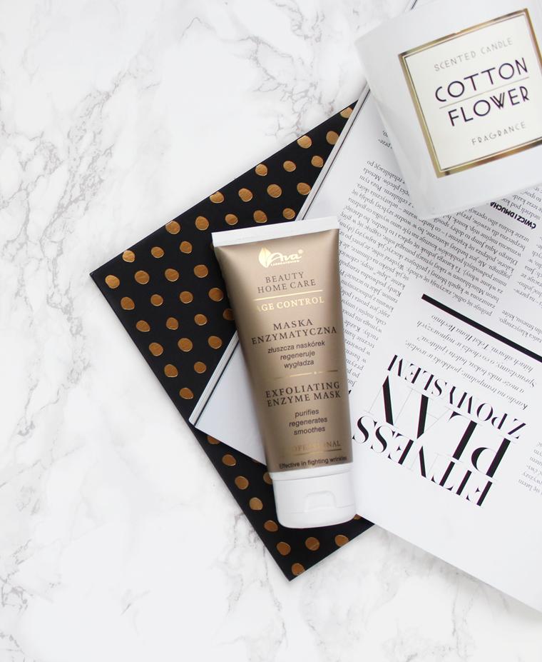 Kosmetyki do pielęgnacji twarzy, których lepiej unikać - maska enzymatyczna Ava Age Control