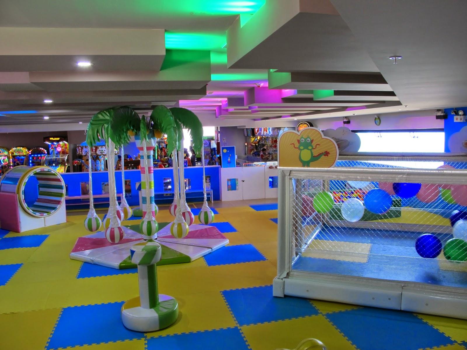 comidas kids friendly em Lima, no Peru. Kids eat in Larcomar mall, Miraflores