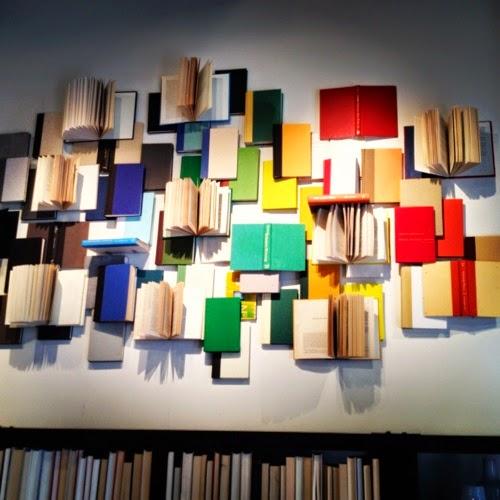 C mo decorar con libros for Libros antiguos para decoracion