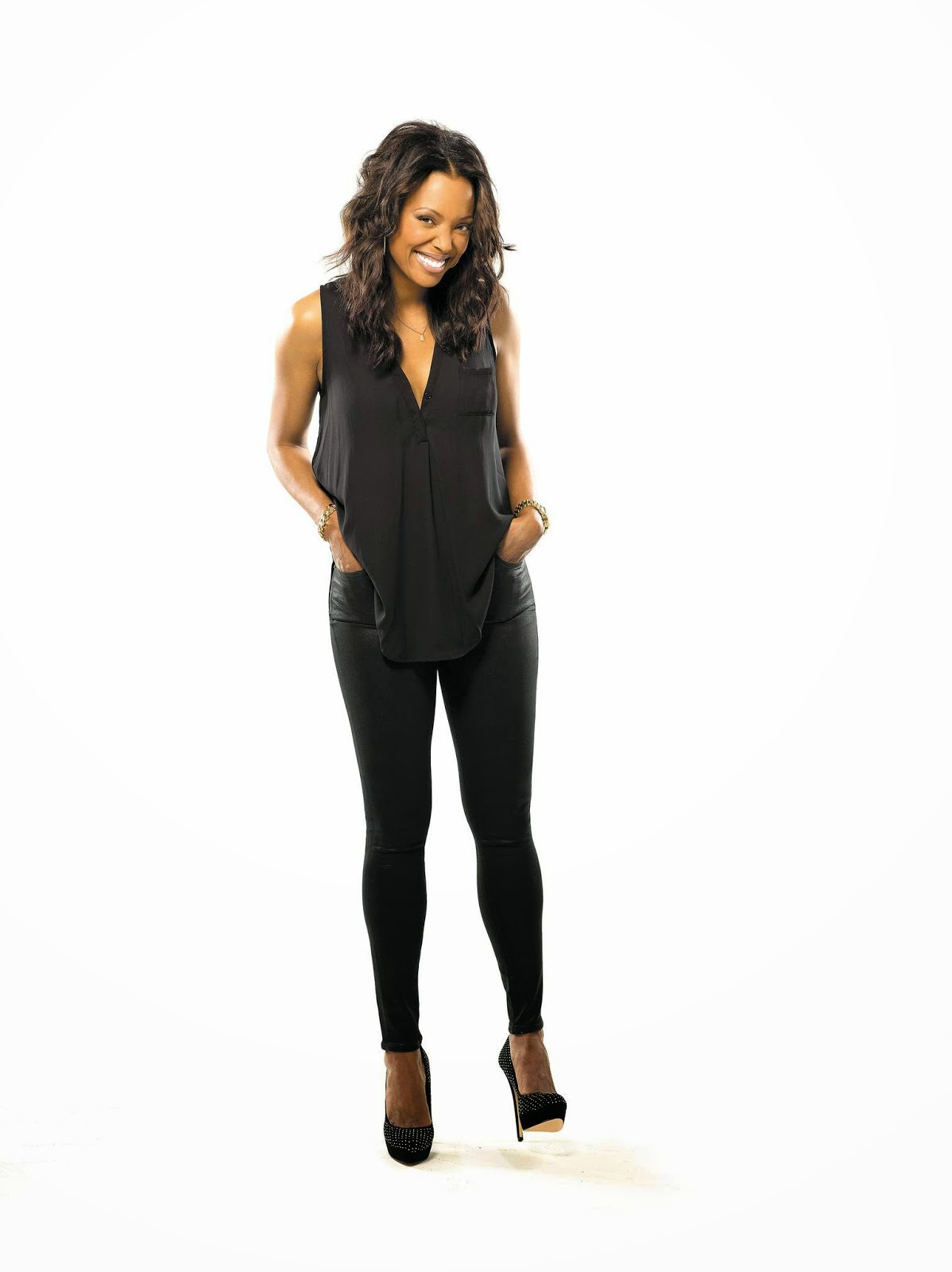 Aisha Tyler Sexy Photos