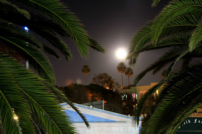 November Supermoon 2016 Over Santa Monica - Photo by Mademoiselle Mermaid