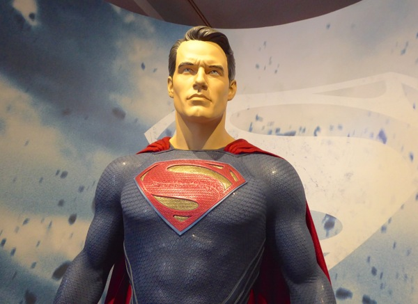 Superman Dawn of Justice movie costume