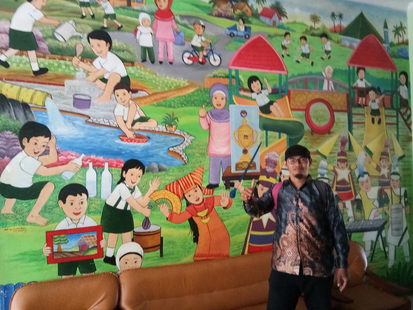 Gambar Lukisan Dinding Di Tk Sabalukisan