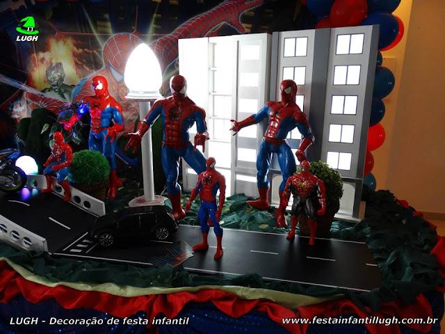 Mesa decorada Homem Aranha - festa infantil