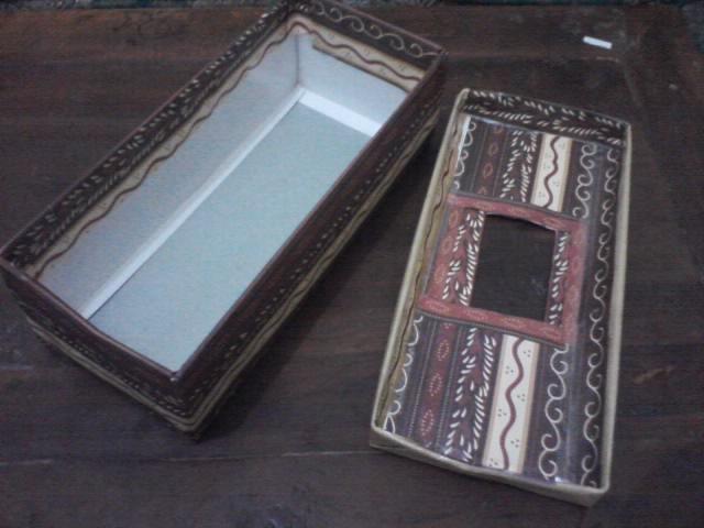 Welcome to Triamisu Cafe!: Membuat Kotak Tisu dari Kardus ...