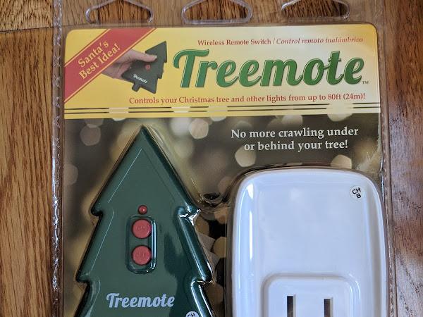 Turn on Christmas Lights More Easily with Treemote #MBPHGG18