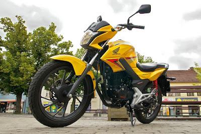 2016 HONDA CB125F yellow color
