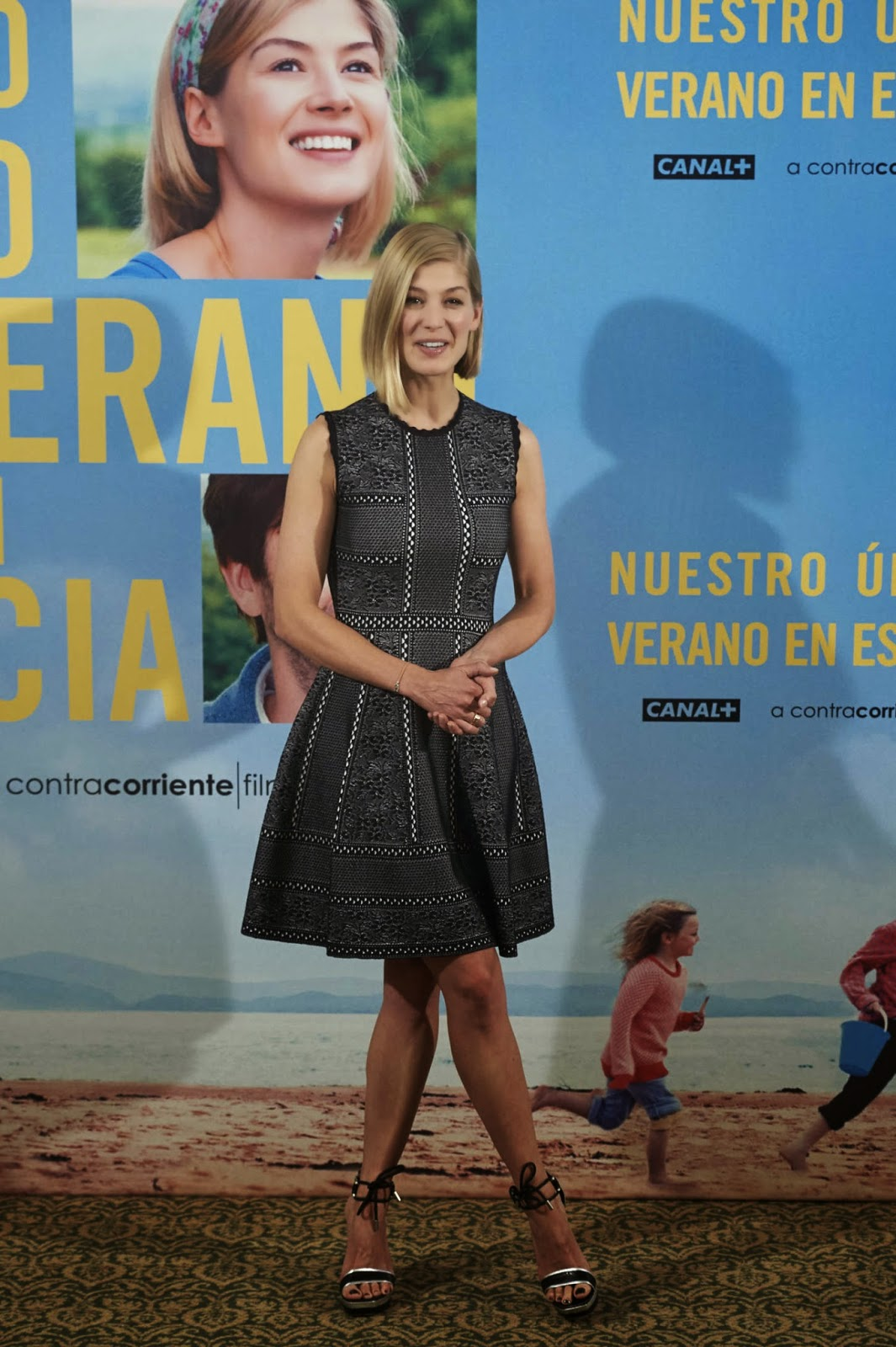 Rosamund Pike is sophisticated at the 'What We Did On Our Holiday' Madrid photocall