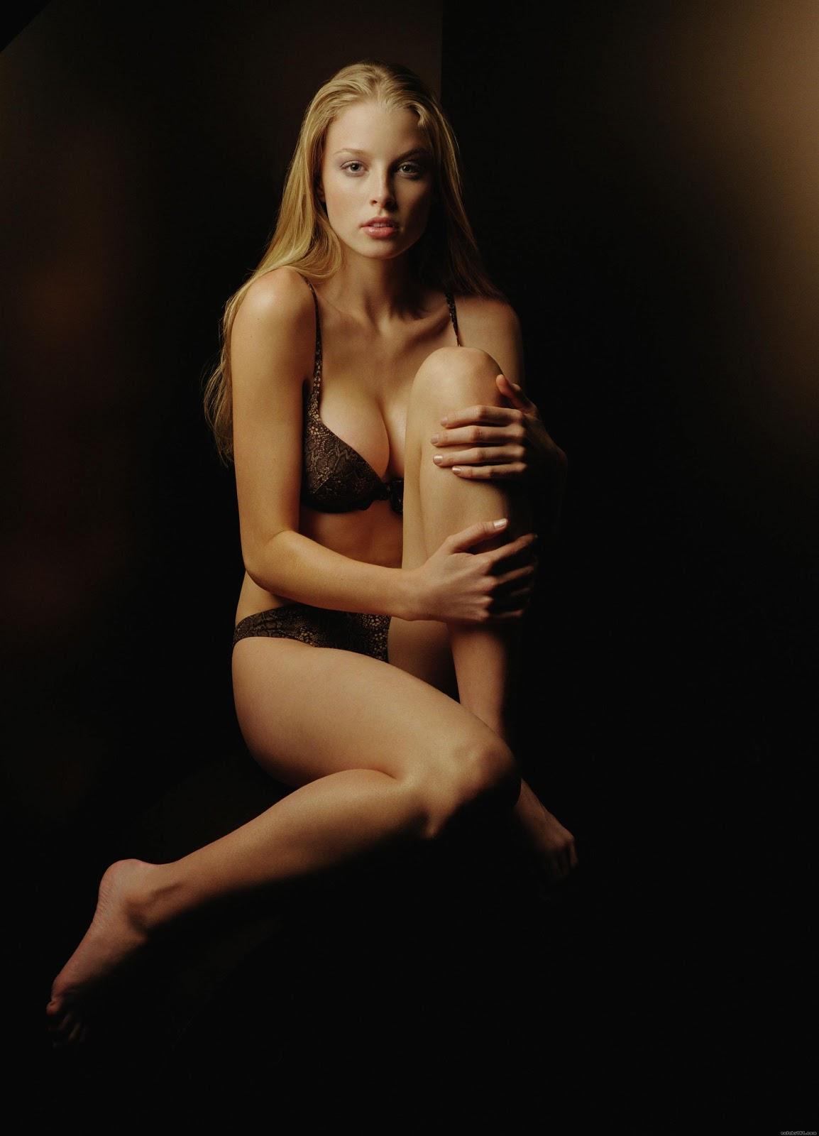 Are actress rachel nichols hot