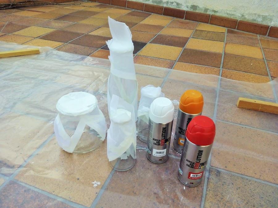 Como pintar botellas de cristal