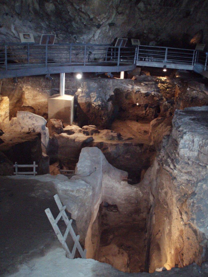 Βρέθηκε η Αυγή, η γυναίκα που έζησε το 7.000 π.Χ στην Θεσσαλία