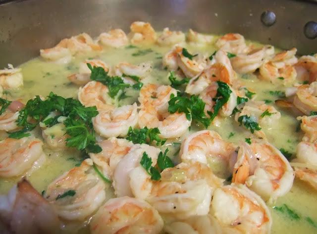 eating fabulously, quick and easy, dinner, shrimp, shrimp scampi, lemon, garlic, butter