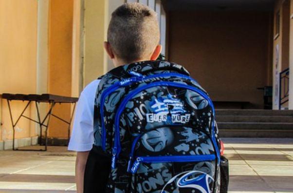 Άφησαν 8χρονο μαθητή μόνο του στα ΚΤΕΛ - Στον εισαγγελέα οι δάσκαλοι μετά από μήνυση των γονιών