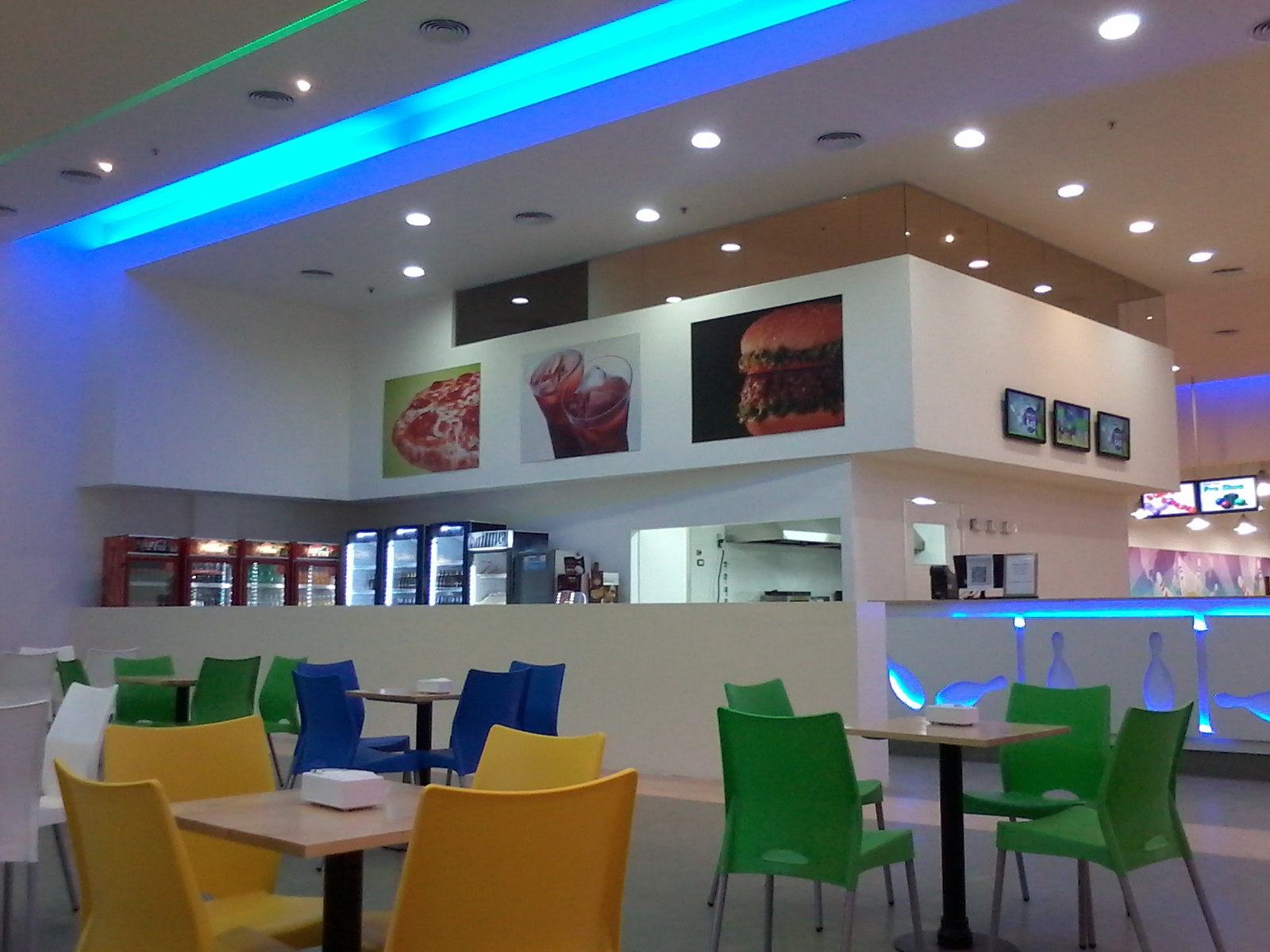 Ictis Arquitectura Local Dragon Bowling En Shoping Terrazas