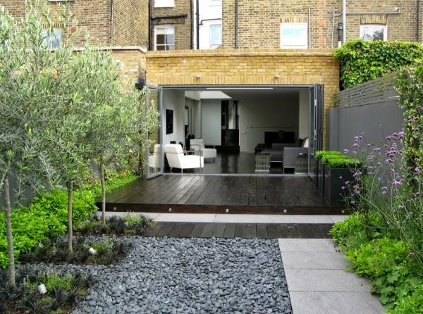 Un peque o jard n urbano de aire oriental guia de jardin for Jardin urbano shop telefono