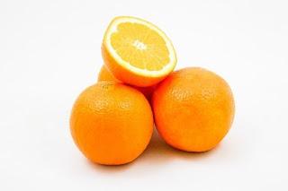 البرتقال في المنام ◁ تفسير حلم تقشير واكل البرتقال