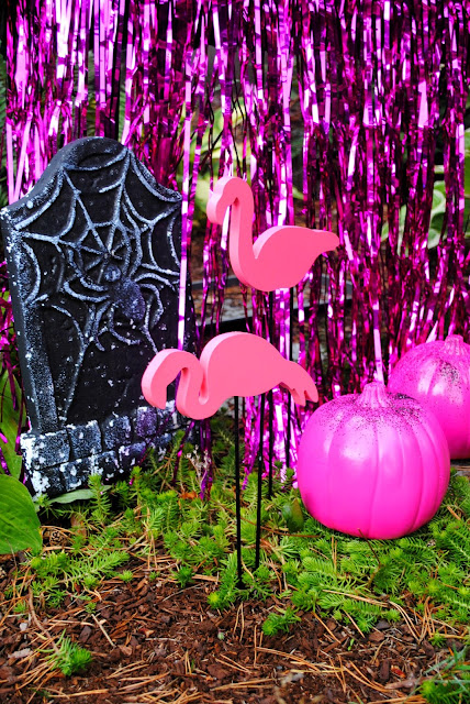 Add a pop of flamingo's and pink to your Halloween party