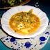 Sopa de fideos gruesos con bacalao