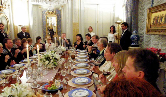 Robert Earl Burton Fellowship of Friends cult Goethe Room dinner, Apollo, Oregon House, CA