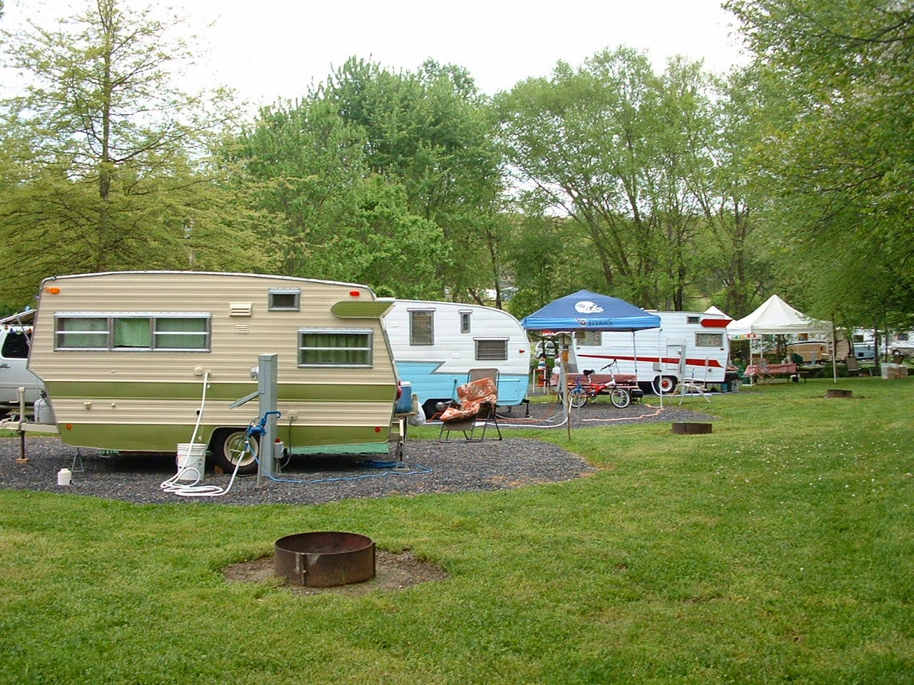 Vintage Awnings Riverbend Campground Rally In Hiawassee