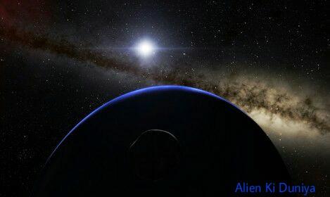 चाँद के सामने क्या था वह ? - Chand ke samne UFO