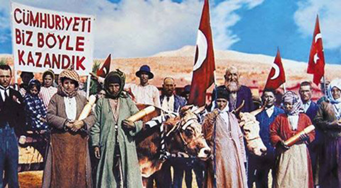 by-trilece-29-ekim-cumhuriyet-bayrami-kutlu-olsun