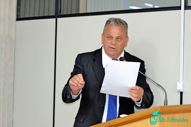 Marquinho Berlesi fala sobre reunião com bancos para estender o horário de atendimento para 16 horas em Colombo