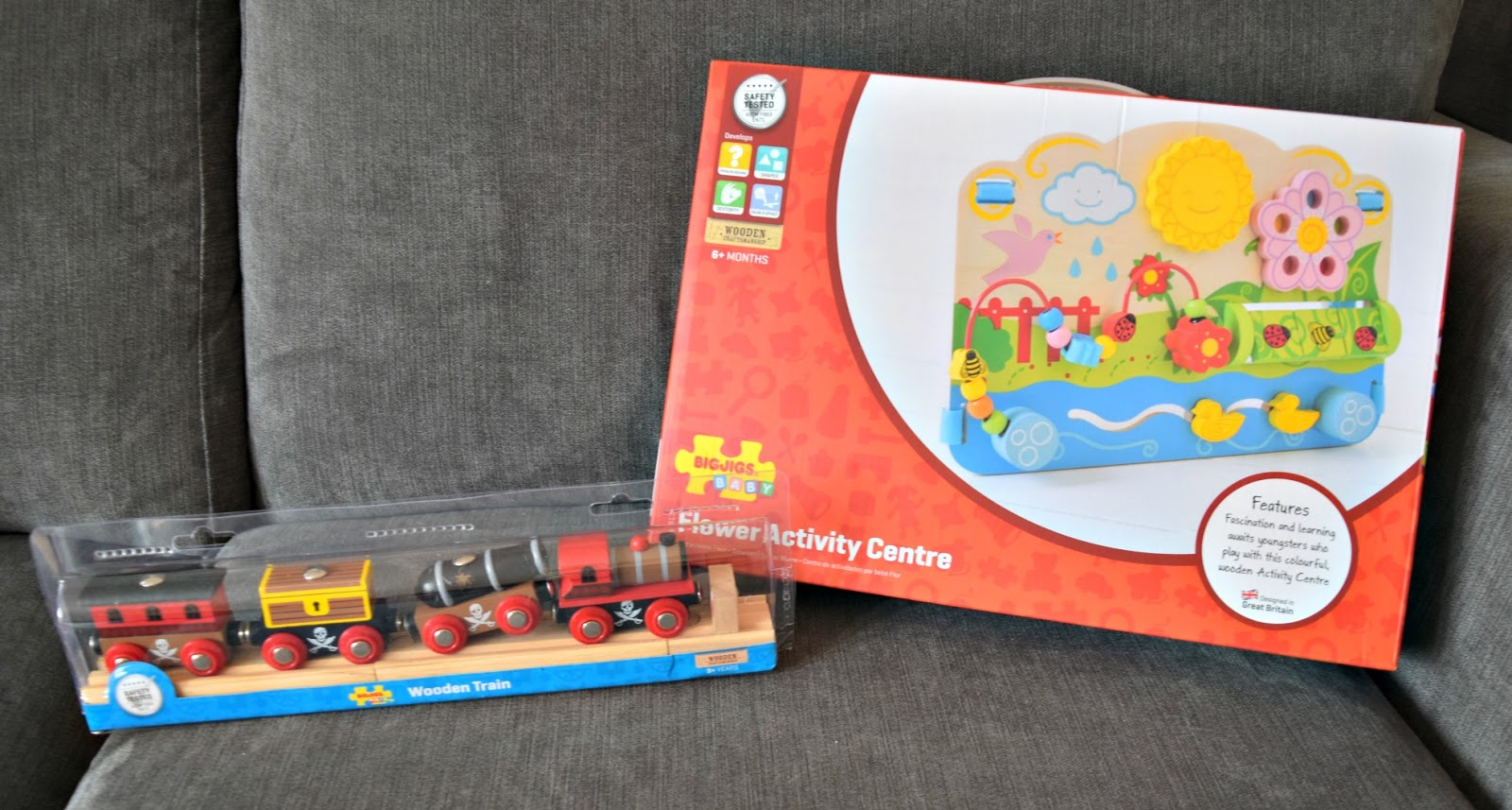 Bigjigs Toys Wooden Flower Activity Centre Cot Nursery