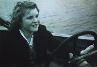 Pauline Boty, Boating