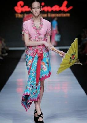 Kebaya Batik Kartini Modern
