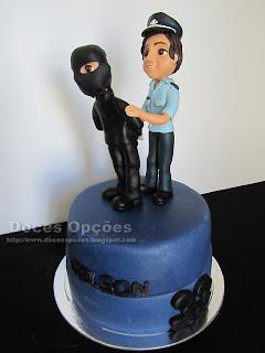 Bolo de aniversário Policia de serviço