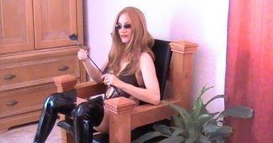 Mistress queening
