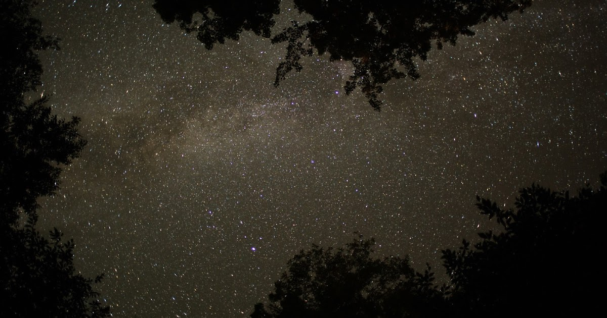 ... Stock Footage Clip of the Perseids Meteor Shower | Beachfront B-Roll