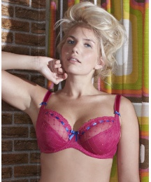 e54b9b86f7124 The Portia is a good basic and seems to run pretty much in the middle of Curvy  Kate sizes. The ribbon across the top is not tight in the newer runs  ...