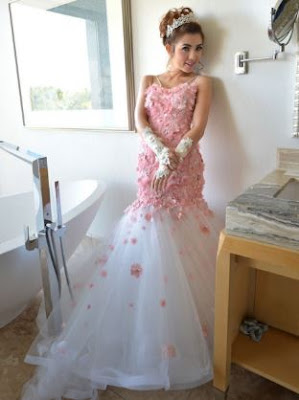 Koleksi model gaun pesta ivan gunawan