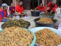 Asal Mula Tradisi Makan Kolak Ayam