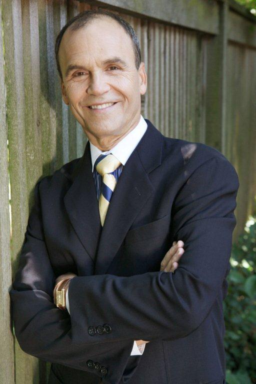 UIS Events Award-winning attorney  crime author Scott Turow to - Presumed Innocent Author