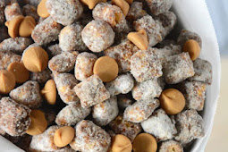 Easy Crunch Peanut Butter Puppy Chow