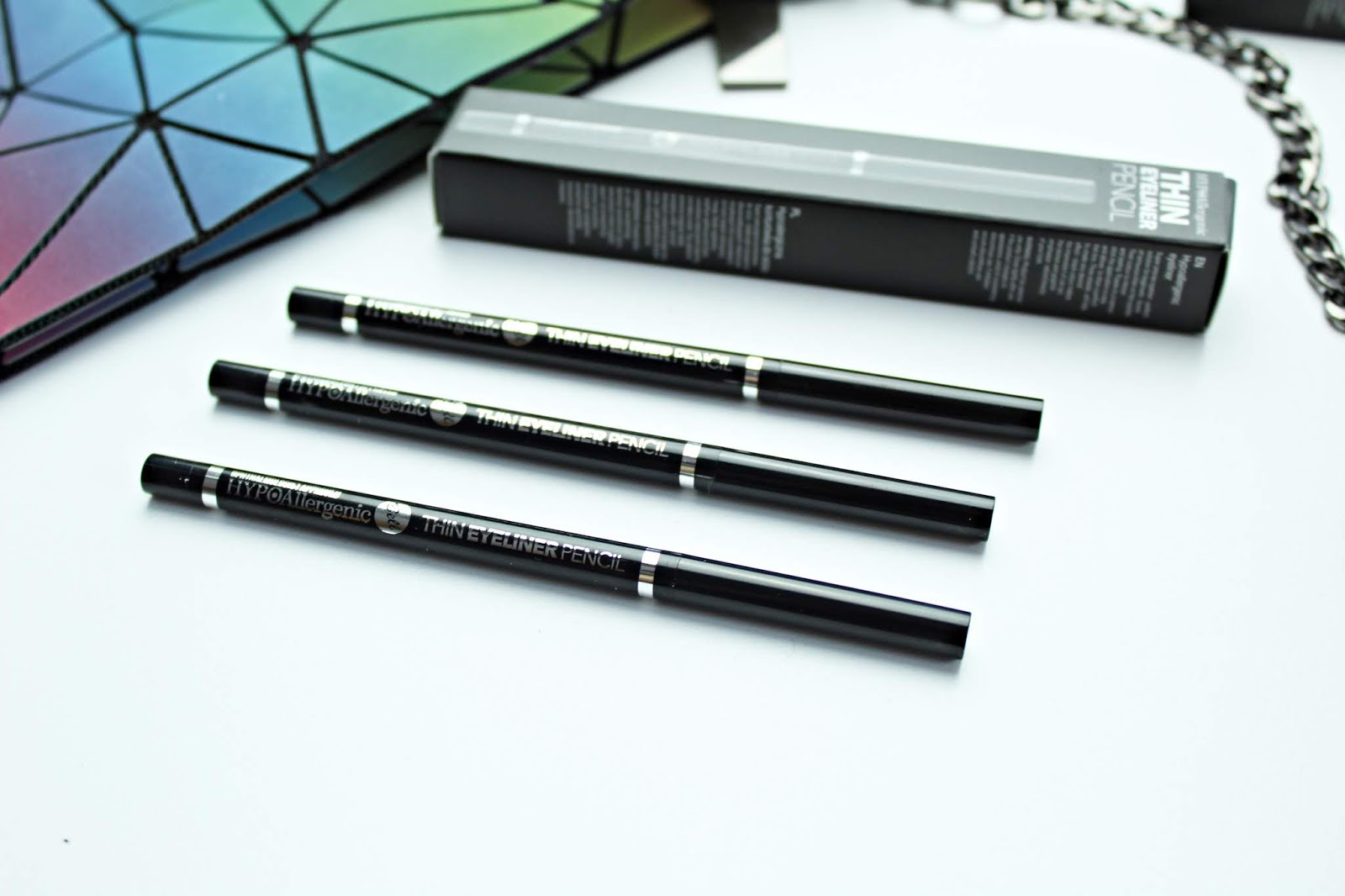 HypoAllergenic Thin Eyeliner Pencil  bell