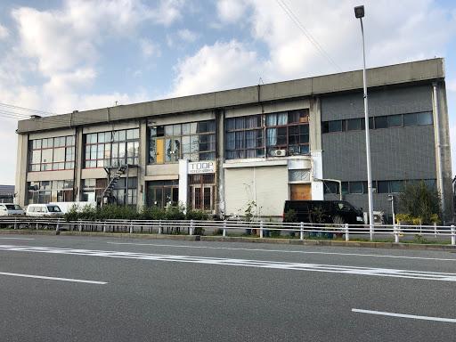弁天埠頭ターミナルビル!  (関西汽船・弁天ふ頭跡)