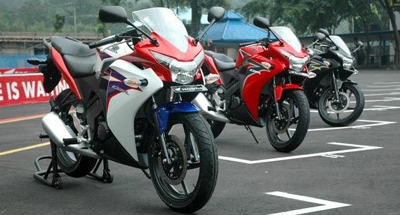 Harga Honda CBR 150R 2011 Baru