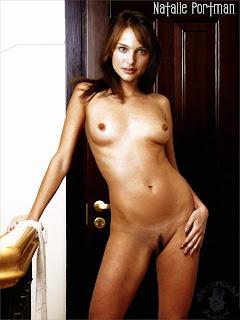 225102535 NataliePortman10 123 572lo Natalie Portman Nude in Bedroom Possing her Boobs & Trimmed Pussy Fake