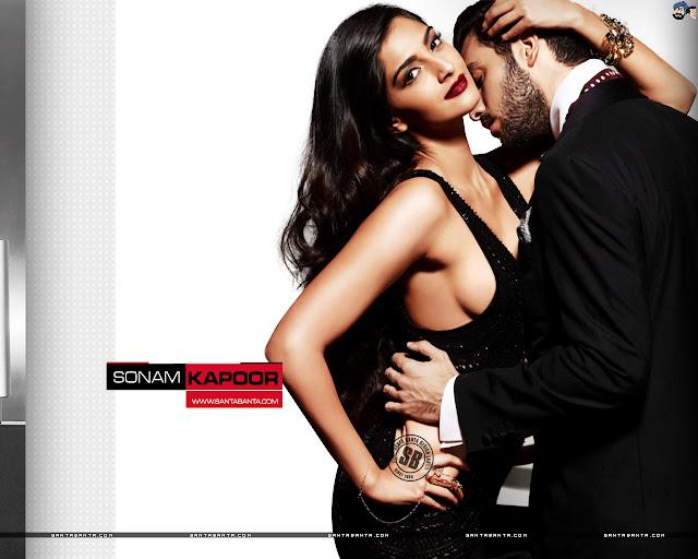 Hot Sonam Kapoor Wallpaper