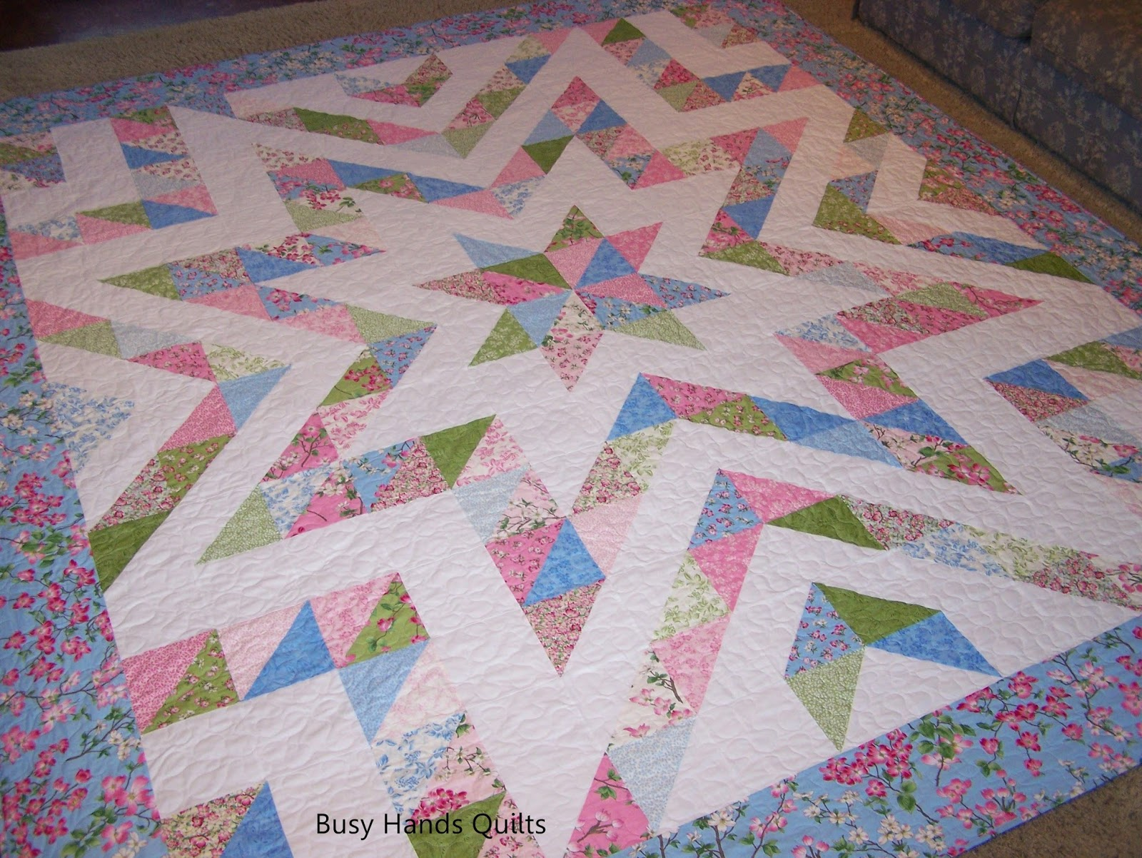 busy hands quilts finished in 5 days king size sparkle plenty in dogwood trail. Black Bedroom Furniture Sets. Home Design Ideas