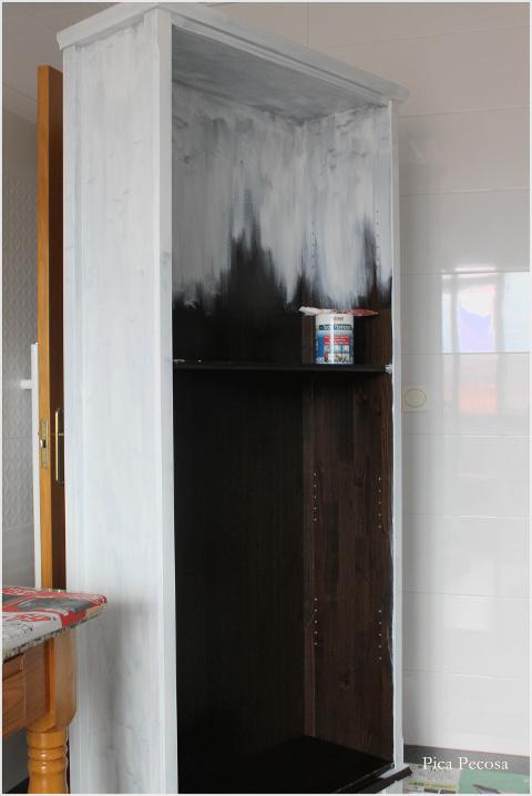 Recicla una estanter a de ikea con chalk paint y papel - Como poner papel pintado leroy merlin ...